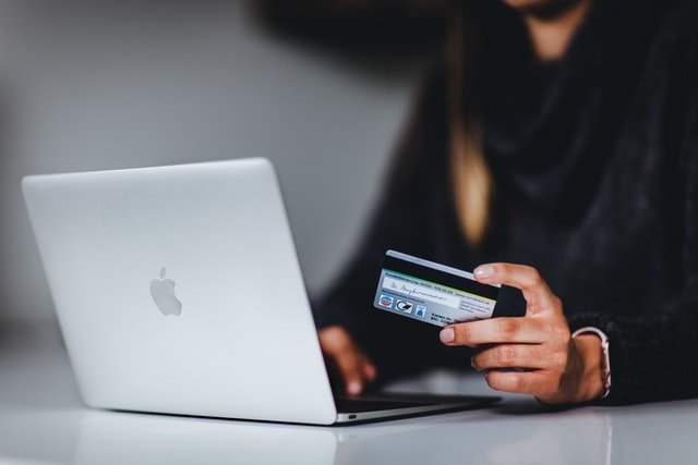 Internet payment using a credit card