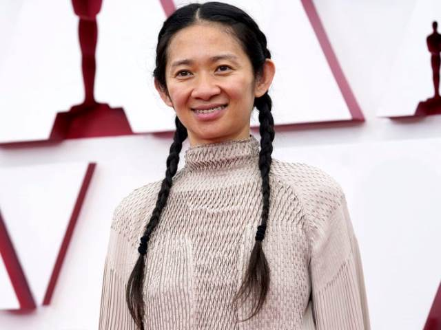 Chloé Zhao is a popular Chinese film director, screenwriter, and producer.