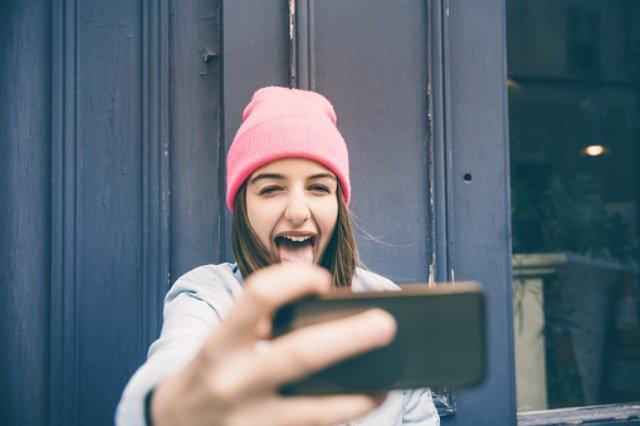 5 reasons Instagram app is not good for teenagers