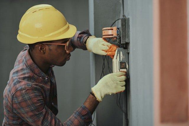 4 basic job employment skills to get a work anywhere